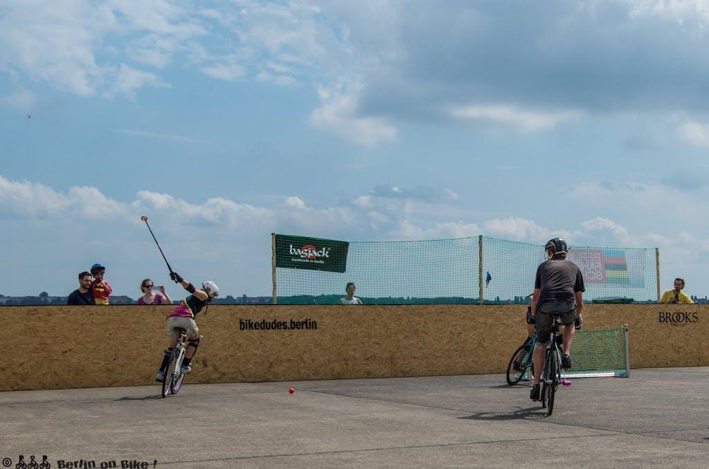 bikepolo-tempelhof-berlin-mixed-international-4410