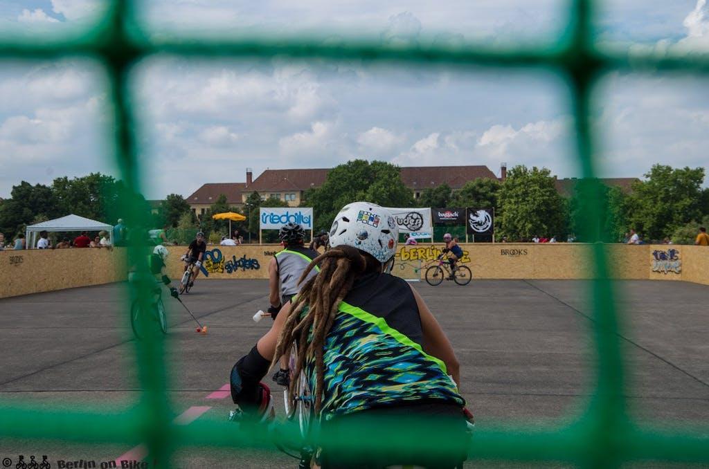 bikepolo-tempelhof-berlin-mixed-international-4423
