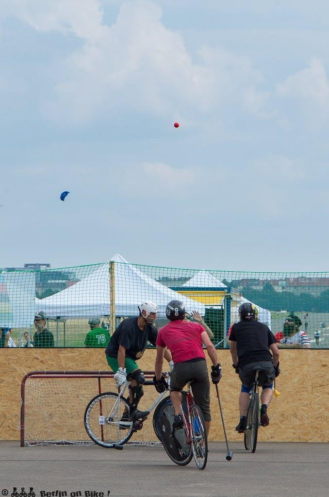 bikepolo-tempelhof-berlin-mixed-international-4487