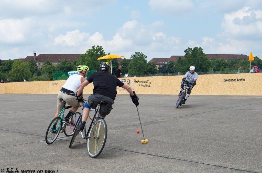 bikepolo-tempelhof-berlin-mixed-international-4500