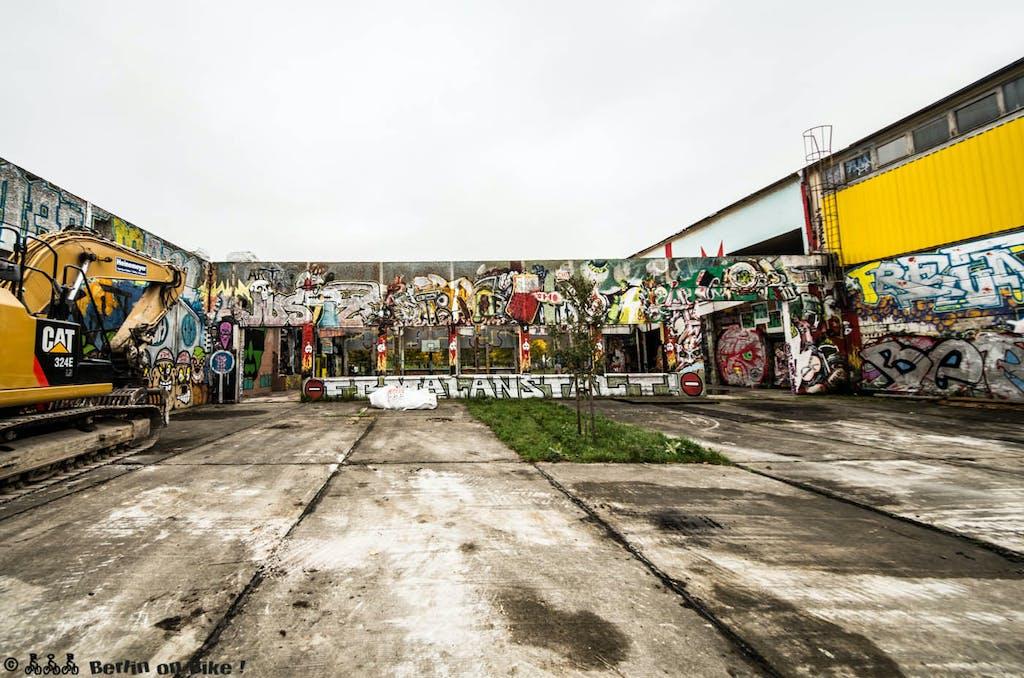 Graffiti im Landschaftspark Herzberge