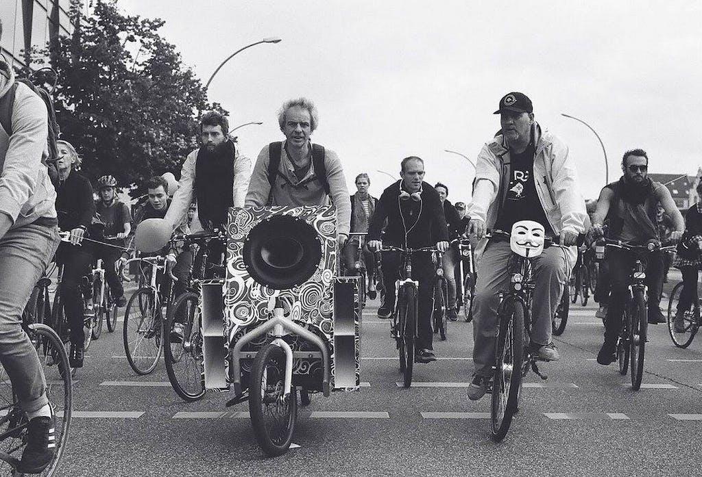 berlin-on-bike-klar-geist-music-ride04