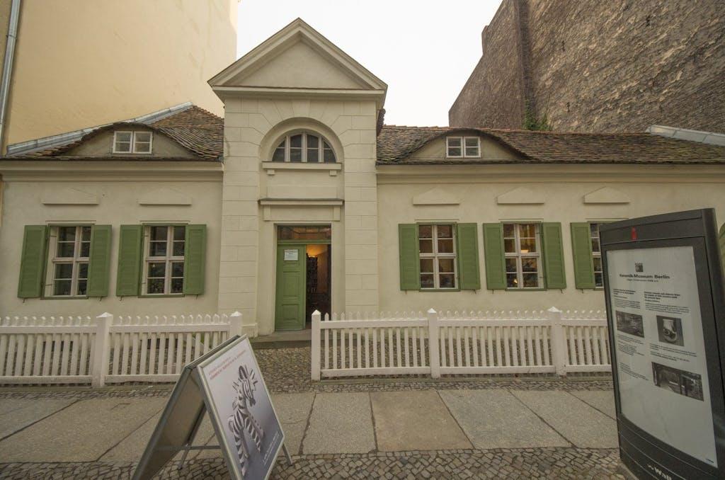 Keramik Museum in Berlin Charlottenburg, das älteste noch erhaltene Wohnhaus im Bezirk