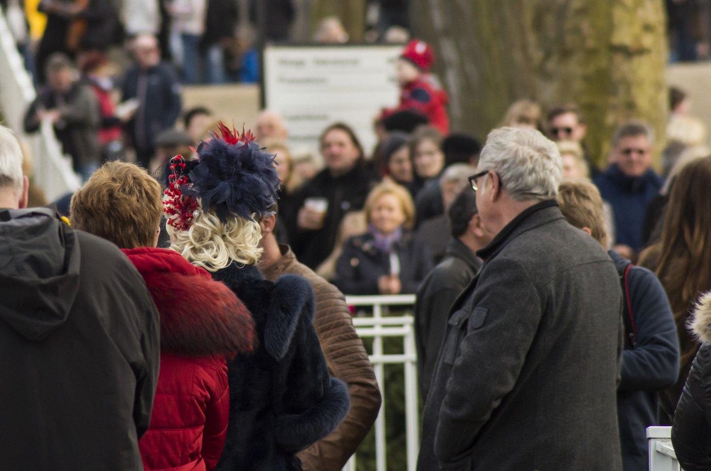 berlin-hoppegarten-Pferderennen-Ostern-2015-7077