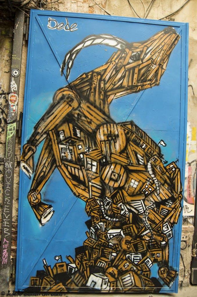 street-art-berlin-haus-schwarzenberg-2015-9165