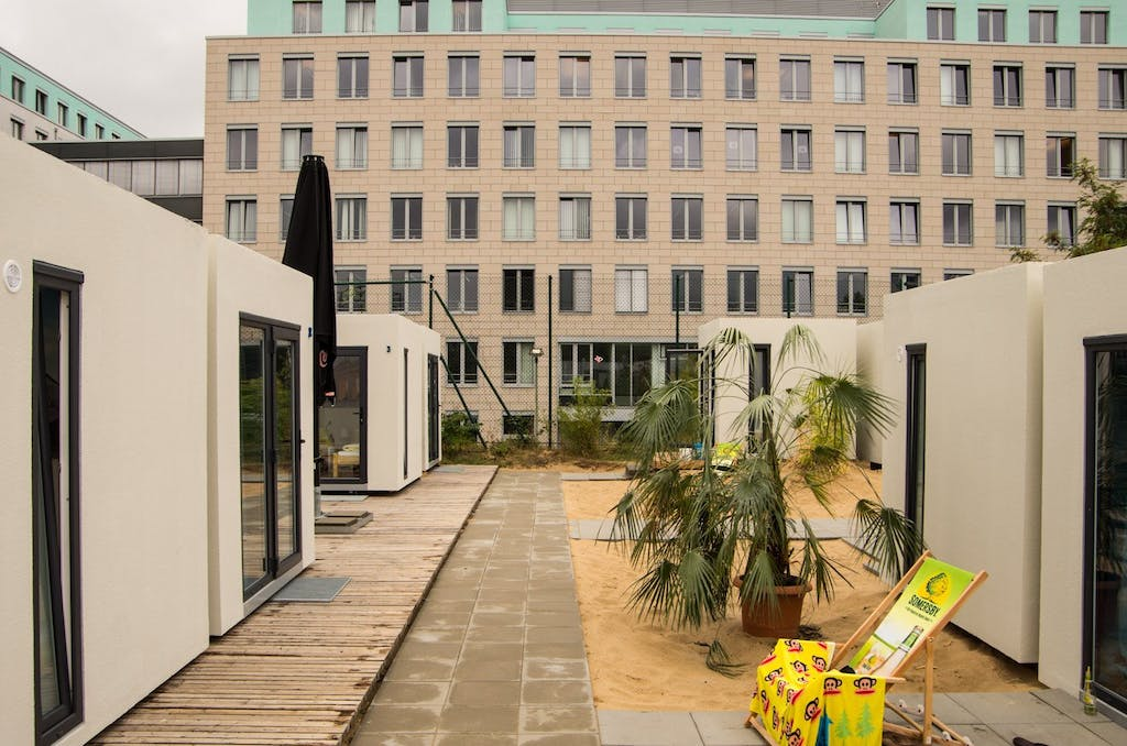 mountmitte-beachmitte-cube-container-hostel-2753