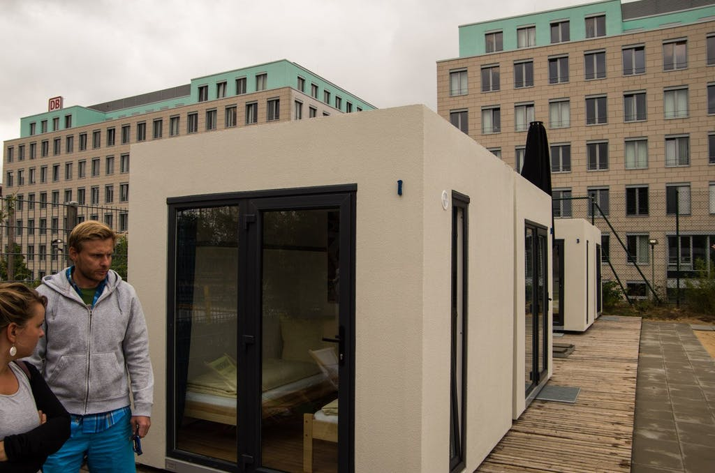 mount-mitte-beachmitte-cube-container-hostel-2750
