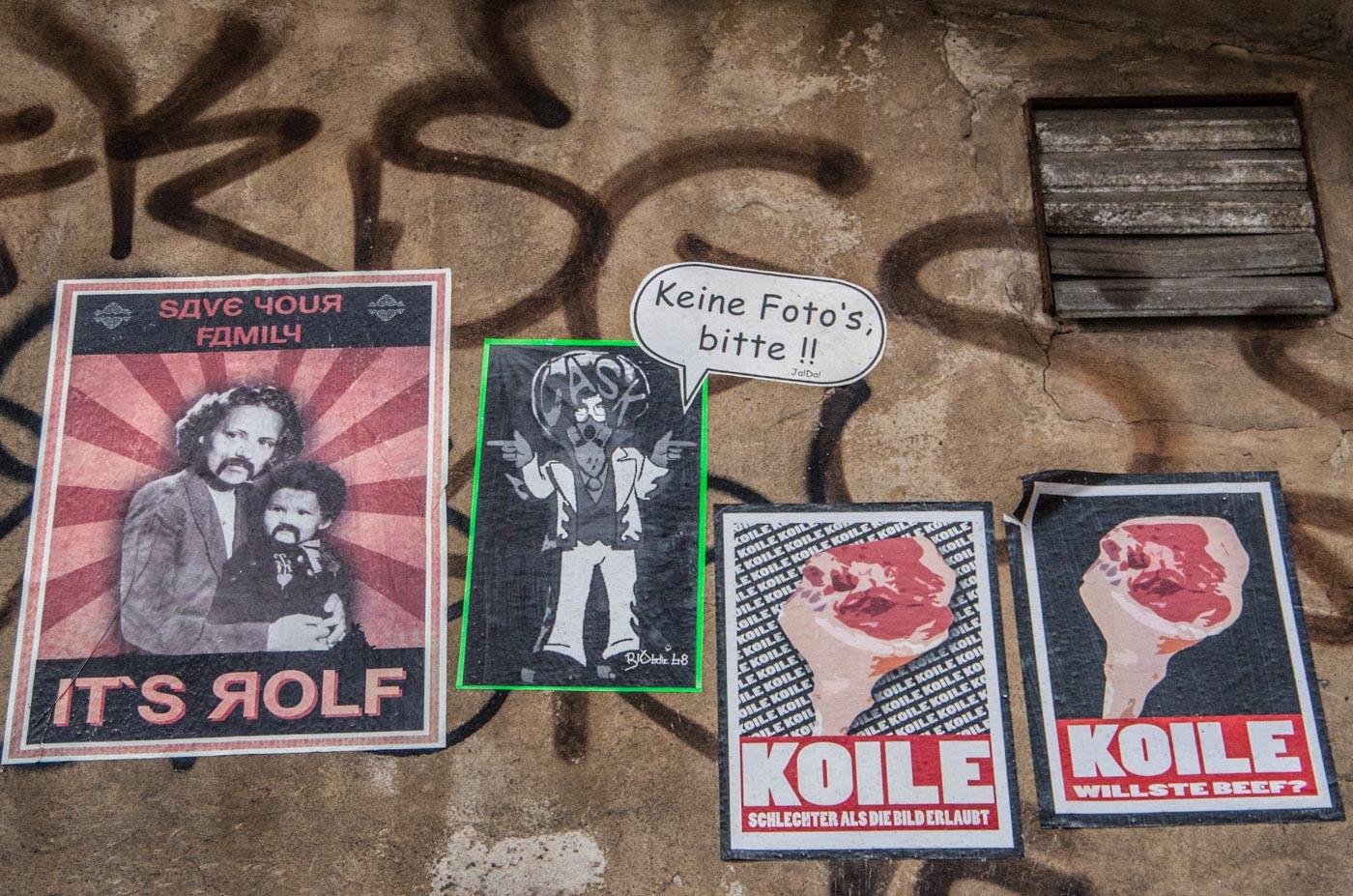 Koile-Paste-Ups in Berlin. Das mit den Fotos machen wir dann beim nächsten Mal - versprochen!