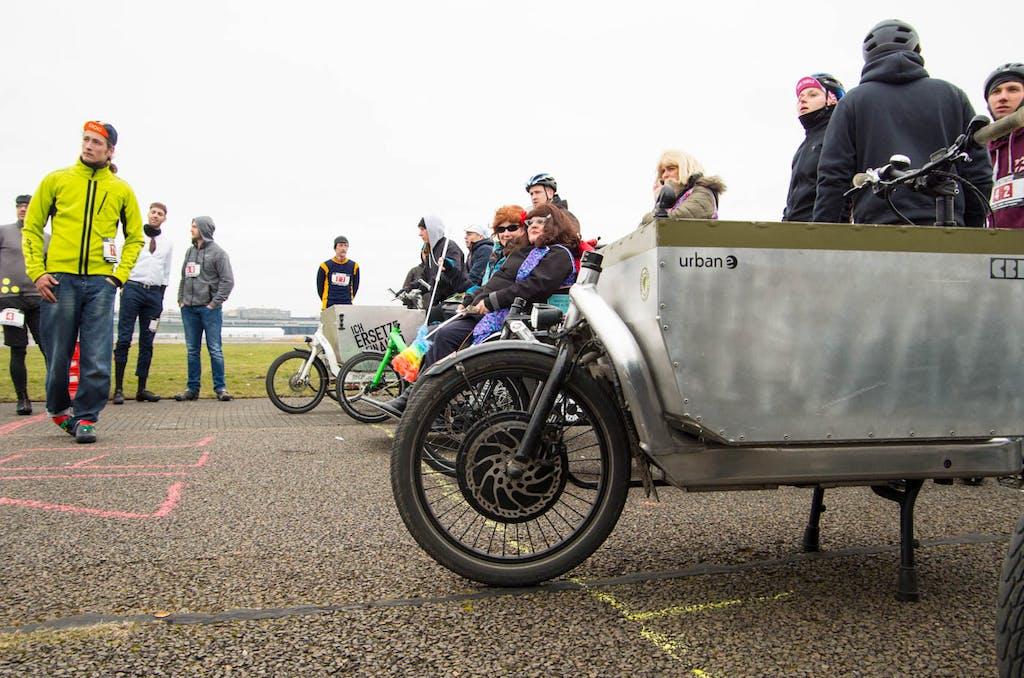 Schon Freitag Nachmittag lief auf dem Tempelhofer Feld das Cargobike Rennen.