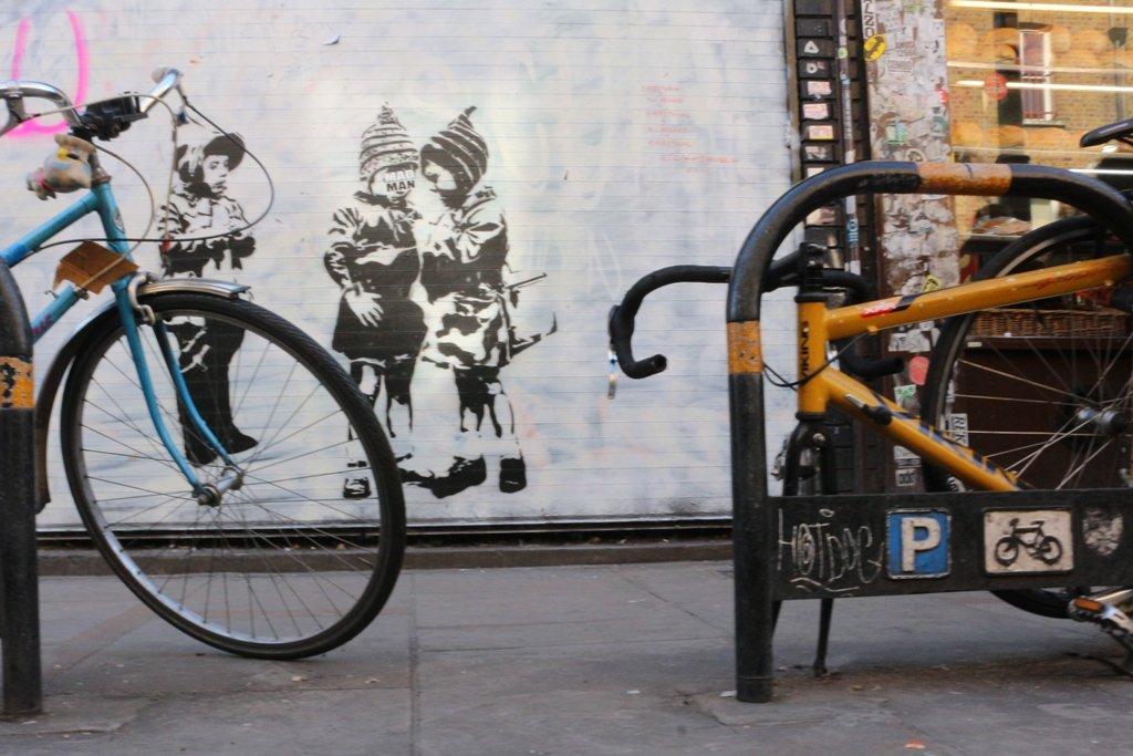 LDN Ride 02 Streetart Bricklane