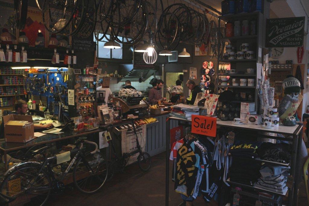 LDN Ride 08 Bike Cafe - Look Mum No Hands