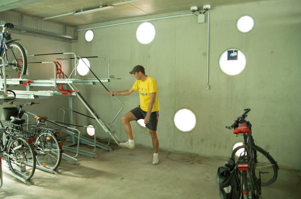 Fahrradparkhaus in Bernau, da kann sich Berlin ruhig mal eine Scheibe von abschneiden.