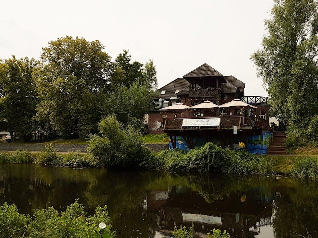 Gemütliches Restaurant am Finowkanal nahe Eberswalde.