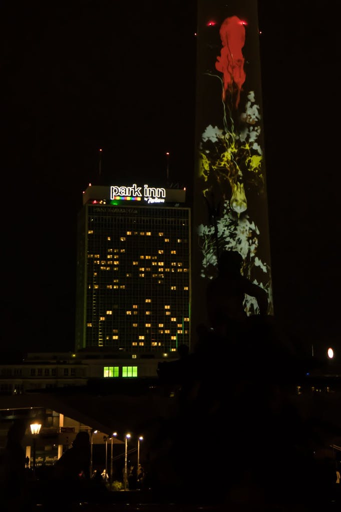 Fernsehturm am Alex beim Festival of Lights 2016