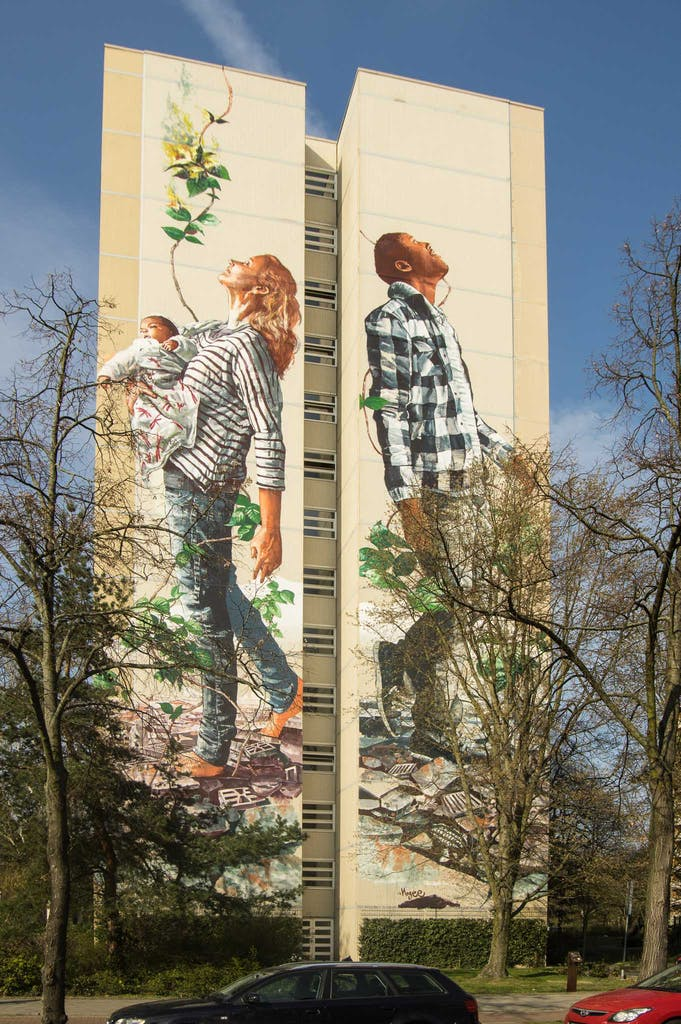 Urban Nation One Wall Project in Berlin-Tegel; The circle of Life von Fintan Magee