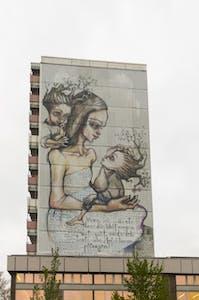 Mural von Herakut an der Greifswalder Straße