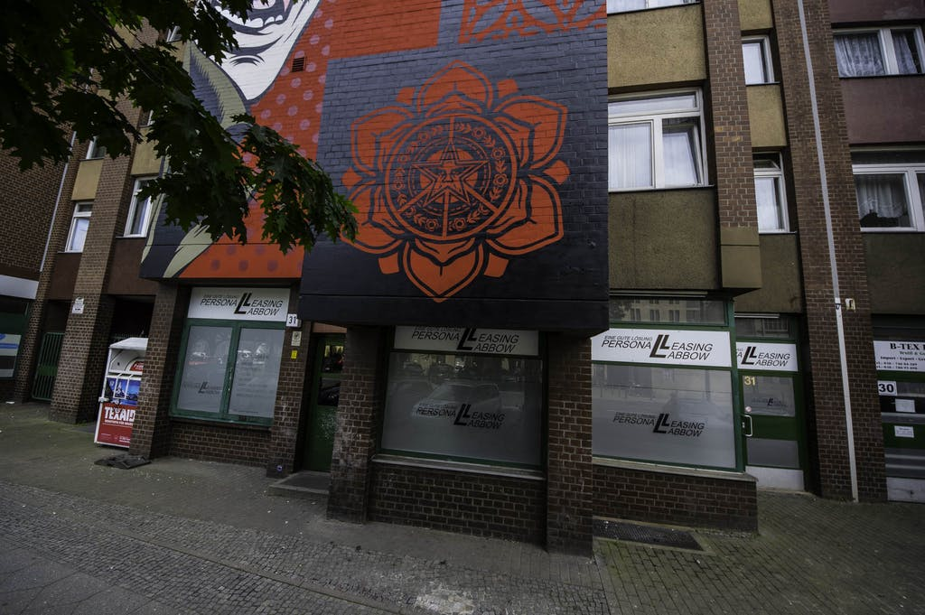OBEY-shepard-fairey-urban-nation-berlin-streetart-mural-7115