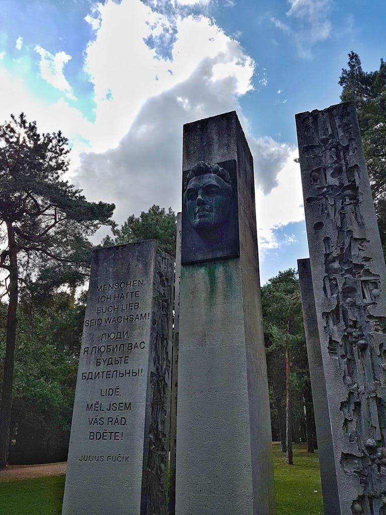 Mahnmal Julius Fucik im Bürgerpark Pankow
