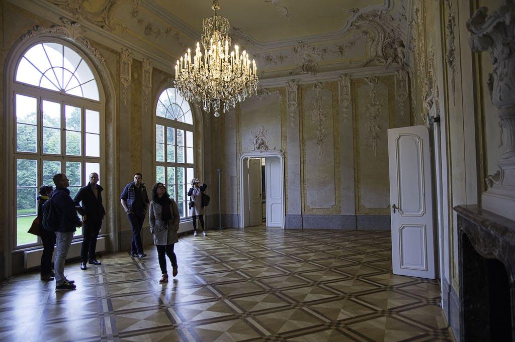 Rokoko-Saal im Schloss Schönhausen. Der tolle Fussboden ist übrigens aus DDR-Zeiten.