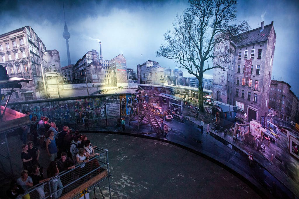 Menschen Ausstellung Panorama
