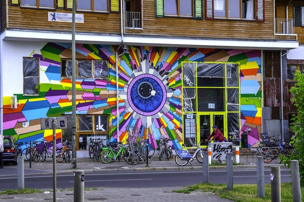 Klebebande Graffiti Mural Fest Holzmarkt