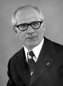 Erich Honecker (Bundesarchiv, Bild 183-R0518-182 / CC-BY-SA)