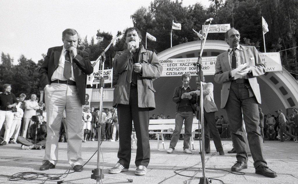 Solidarnosc leader Lech Walesa,the later president of Poland Lech Kaczinski and polish actor Szymon Pawlicki on a rally on May 1st.