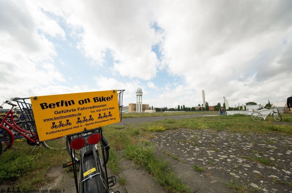 Berlin on Bike auf dem Tempelhofer Feld