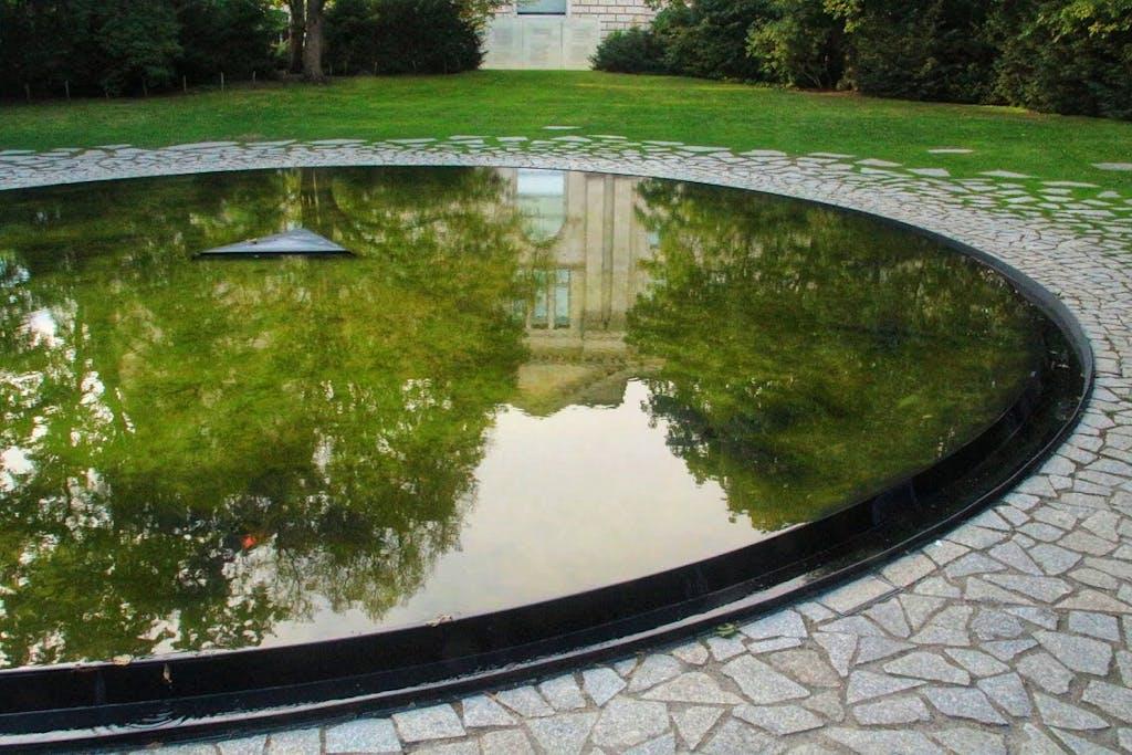 Denkmal für die ermordeten Sinti und Roma in der NS Zeit