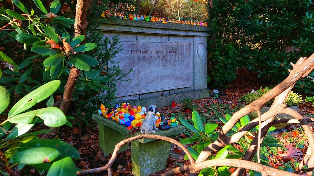 Das Grab von Loriot am Waldfriedhof Heerstraße