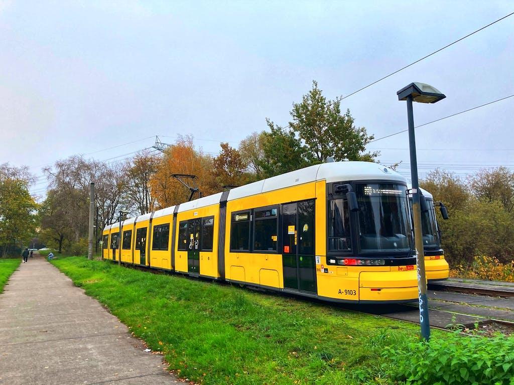 Ende der Straßenbahn M8 – 21 Kilometer, 60 Minuten, 38 Haltestellen