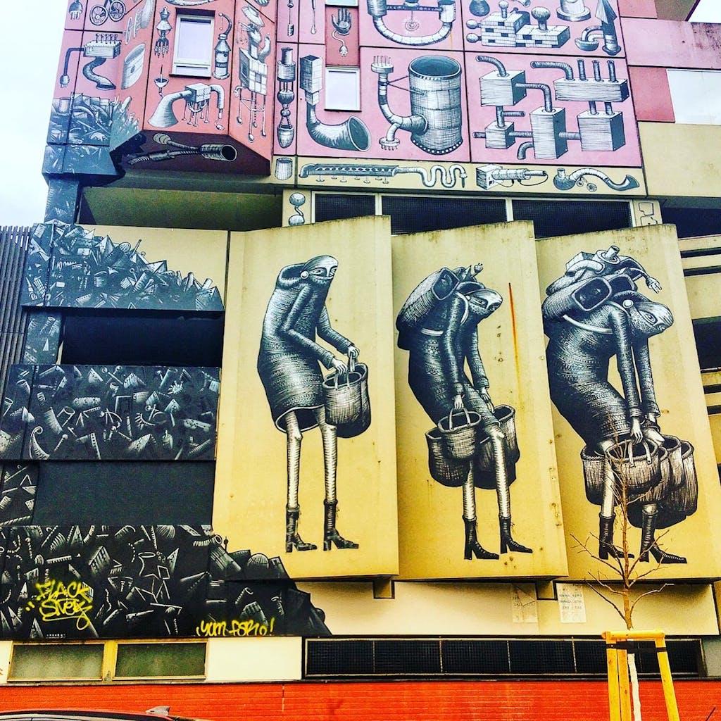 Tolles Kunstwerk in der Alvenslebenstraße, nicht weit vom Street Art Museum Urban Nation