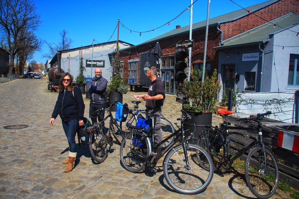 Berlin on Bike Team an der Alten Börse Marzahn