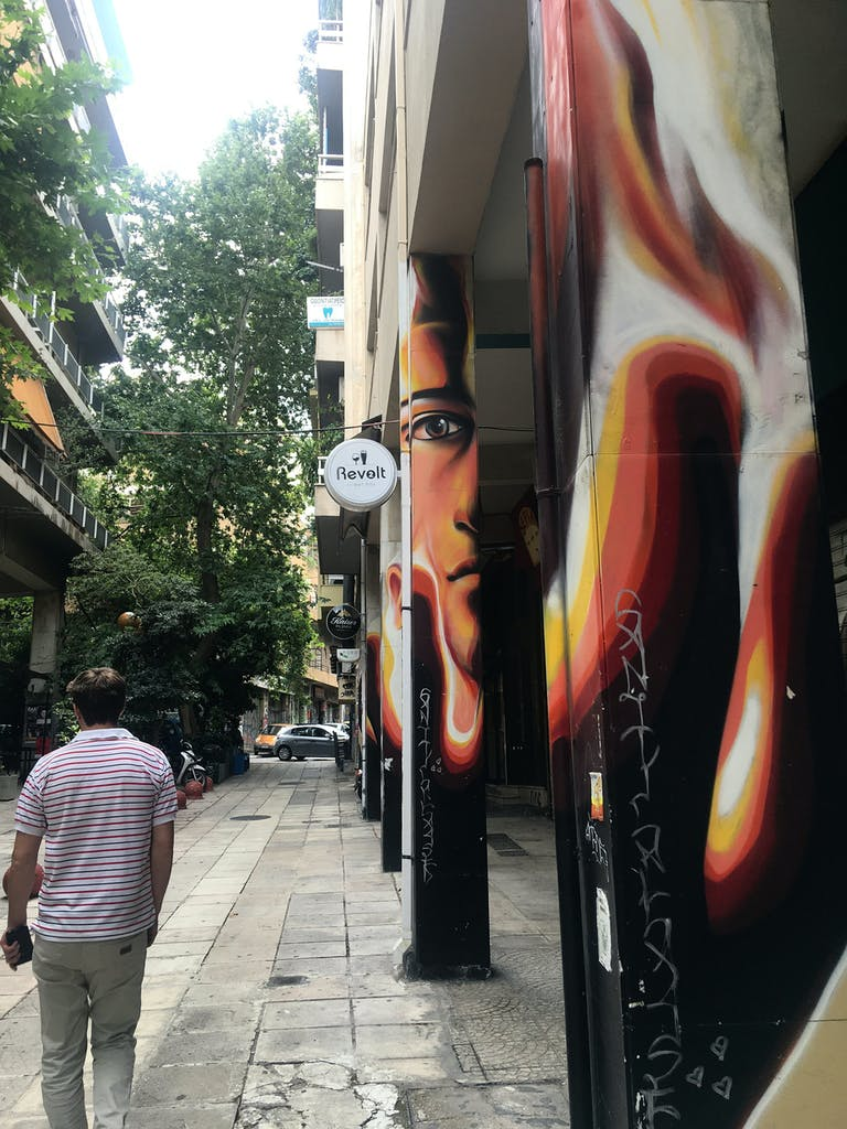 Graffiti Säulen Athen