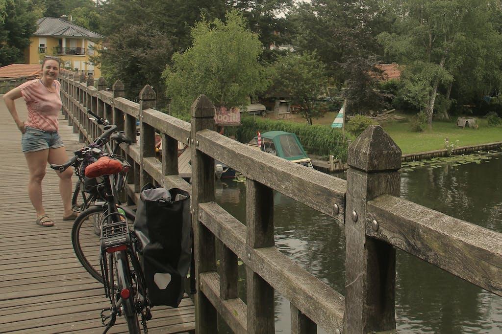 Brücke über den alten Spreearm