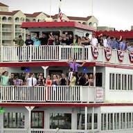 Large group enjoying a Barefoot Princess Cruise