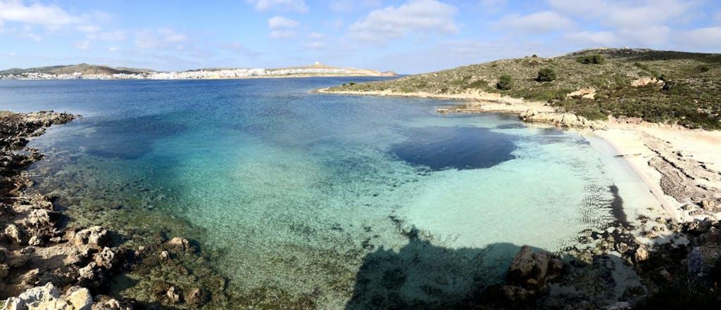 Playa S'Arenalet en la bahía de Fornells