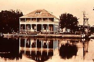 1901 Historic Stranahan House Museum