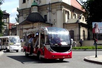 a bus driving down a city street