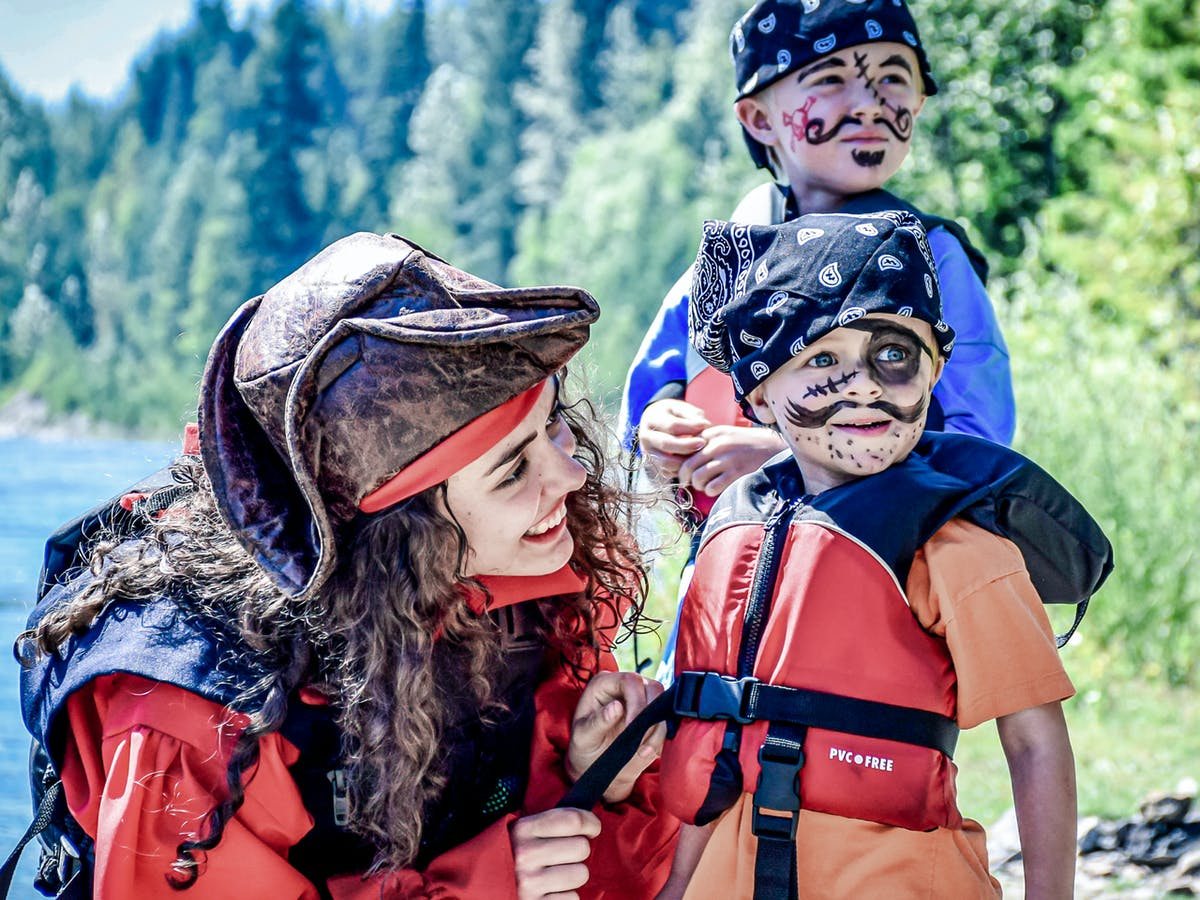 River Pirates rafting in Revelstoke