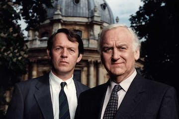 Kevin Whately, John Thaw are posing for a picture