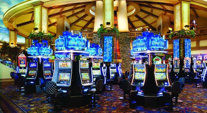Casino buses to blackhawk red river rock casino hotel