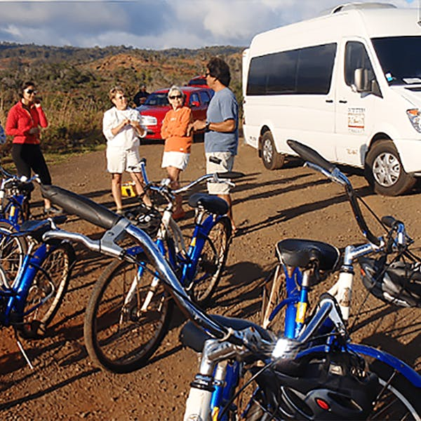 bike tour photo