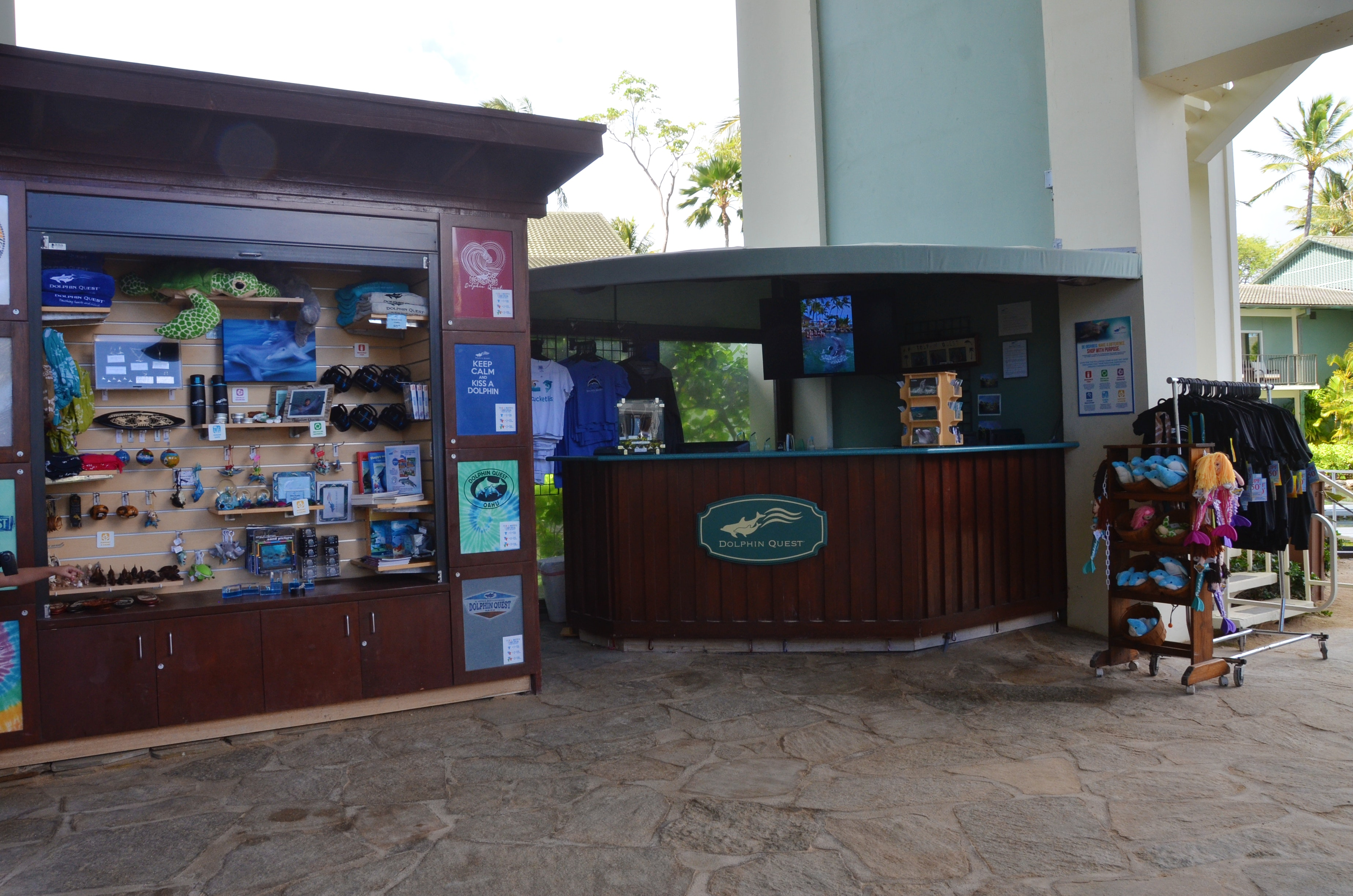 Dolphin Quest Oahu Check-in Desk