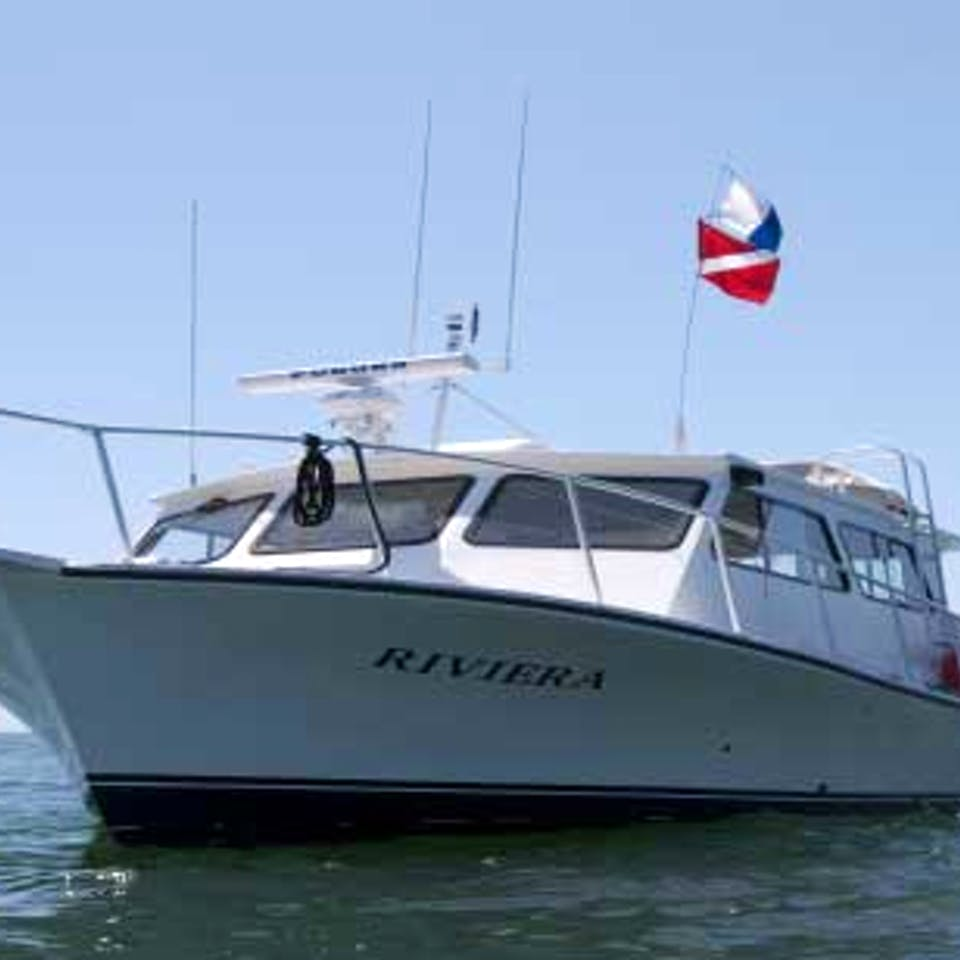 The Riviera dive boat for diving