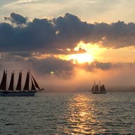 sunset sailing from bar harbor maine