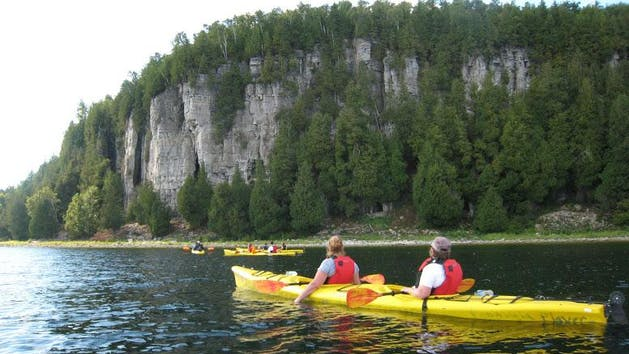 a couple kayaks on the eagle bluff kayak tour