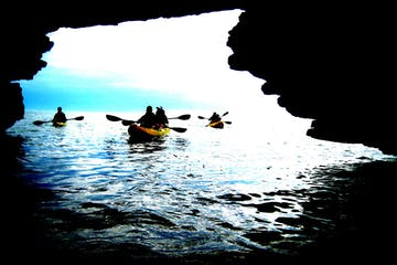 Cave Point County Park Kayak Tour