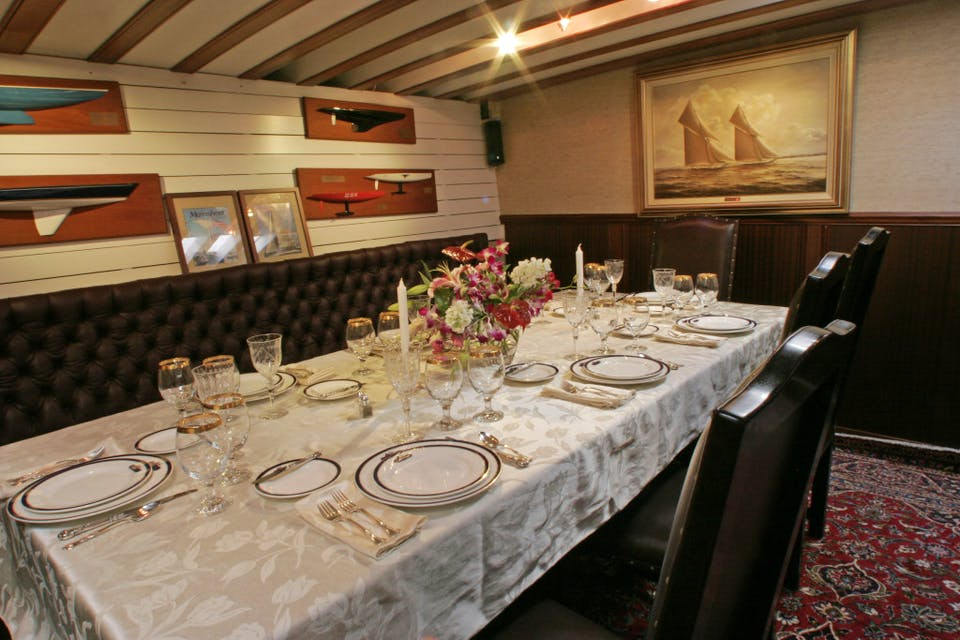 Catering and dining aboard the yacht America
