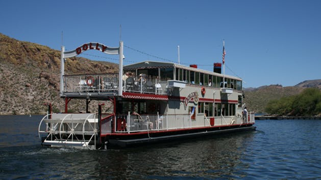 Dolly Steamboat boat tour